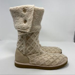 UGG Women's Creme Winter Boots Size 9 A107